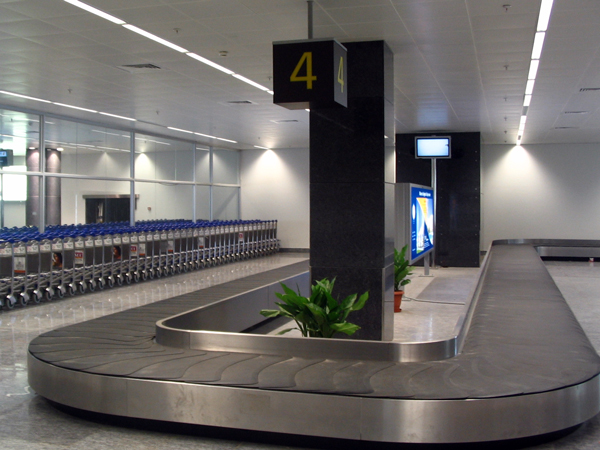 airport-conveyor-belt